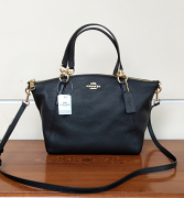 Coach Pebble Leather Small Kelsey Black