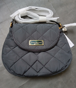 Marc Jacobs quilted Nylon Large Messenger m0011324-001 Black