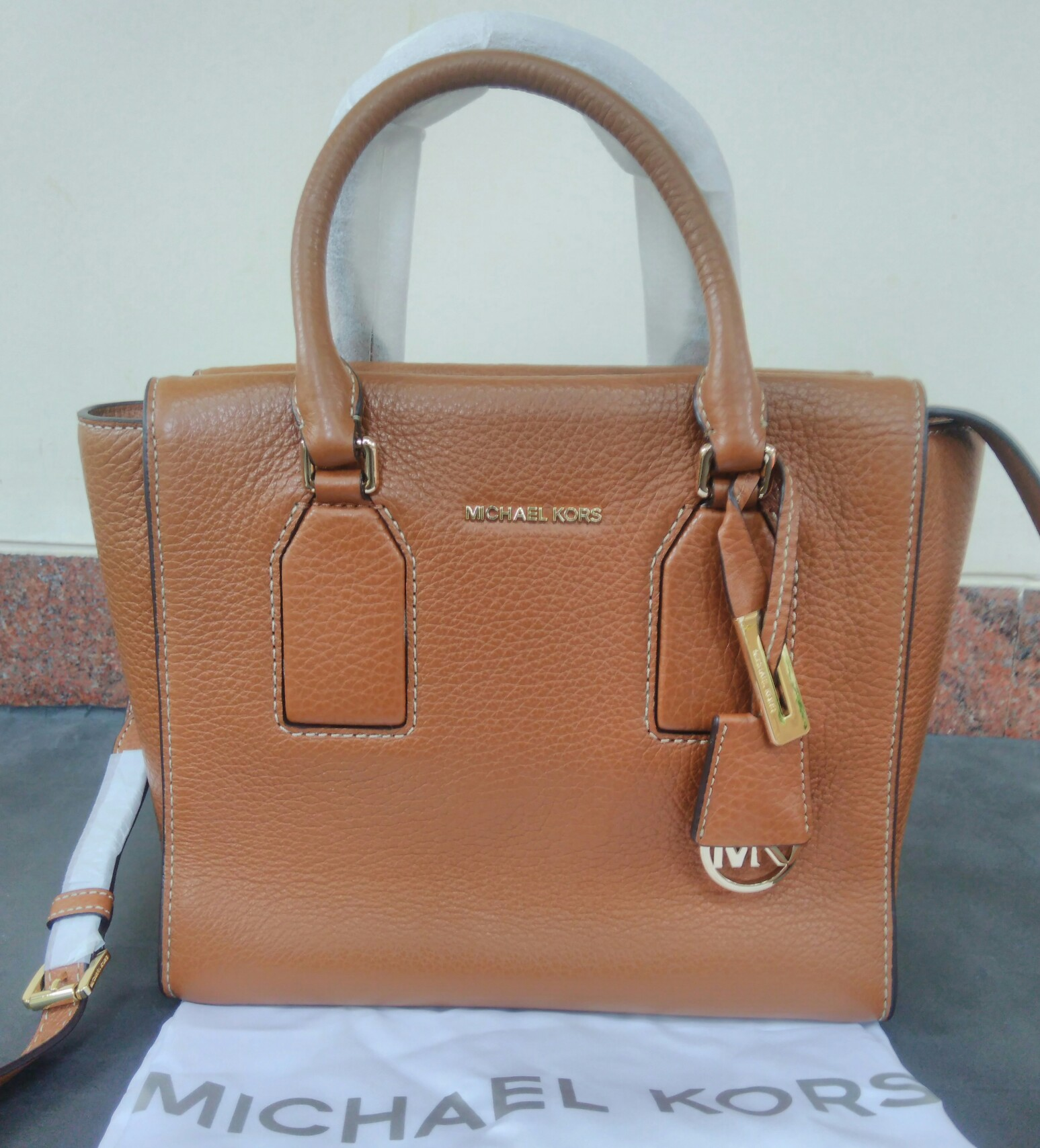 dacd0113ea3b Michael Kors Selby Medium Leather Satchel Walnut. View detailed images (7)