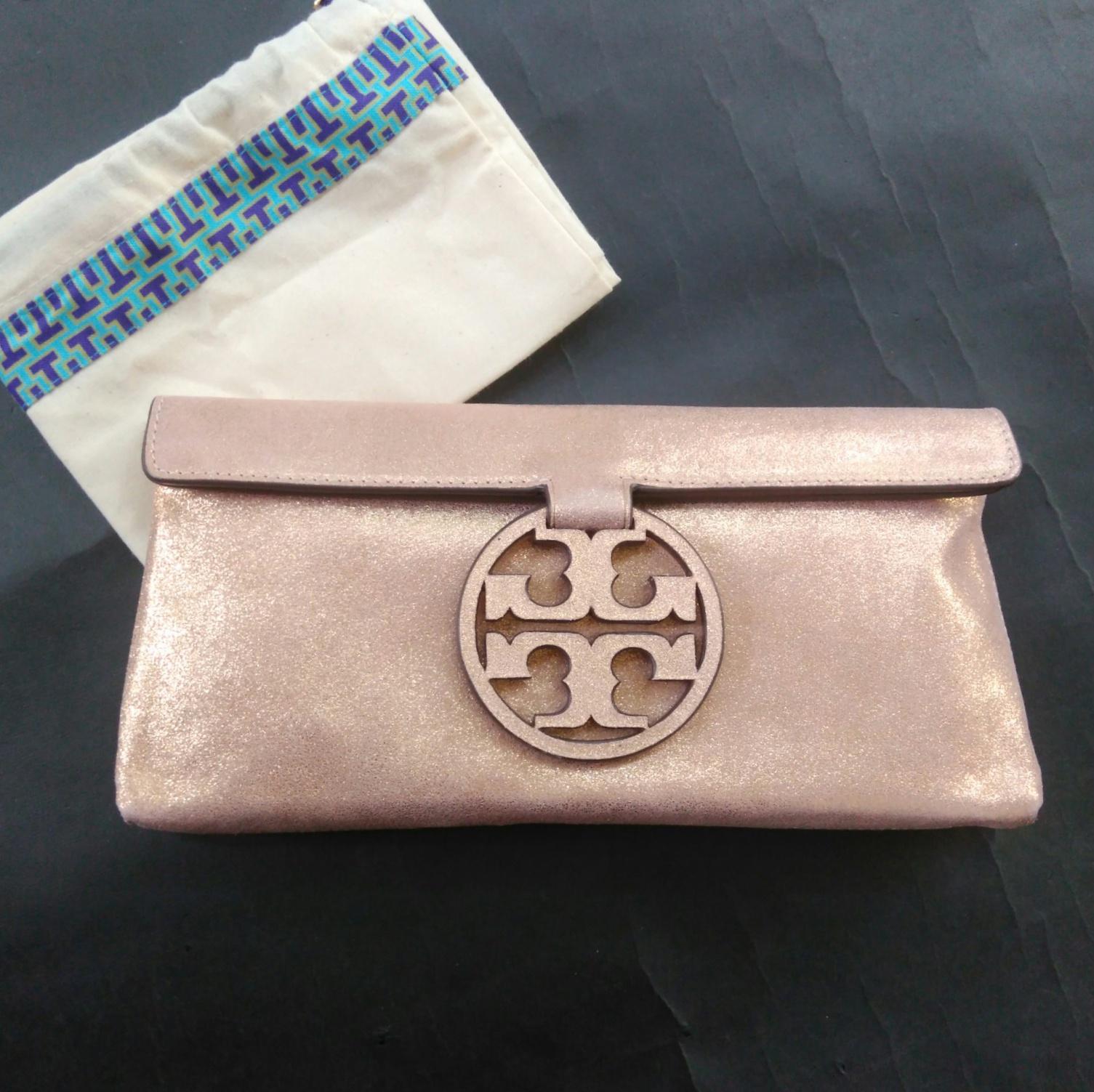 d3986608b02 Prebu.com    Accessories    Tory Burch Miller Metallic Clutch ...