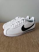 Nike Cortez White